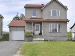 Vaudreuil, Rigaud  Rent with or without option to buy....
