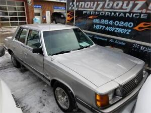 1989 Plymouth Reliant LE rust free clean body $950 416-505-4667