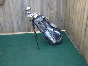 Men's Right hand Taylormade golf club sets