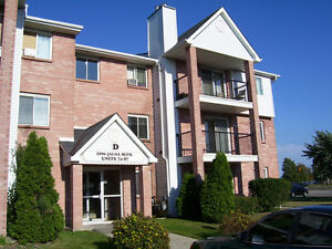 3BRD Apartment for rent next to White Oaks Mall!!!