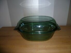 NEW LARGE PYREX Oval Casserole/Roasting Dish+Lid 4.5L