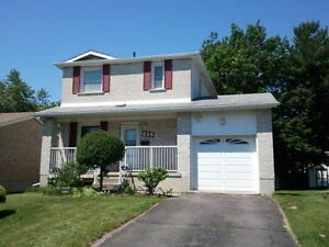 DETACHED 3 BR 2.5 BATH HOME IN LANCASTER SCHOOL AREA