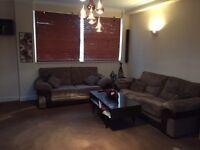 3 bedroom flat for rent - £1100 PCM