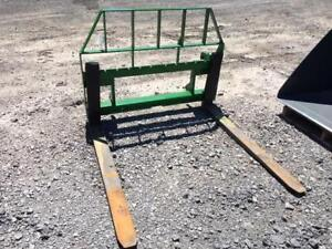 FRONTIER AP12G PALLET FORKS – 5500 LBS – EURO ATTACHMENT