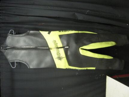 """Transformer"" Wet Suit $15 Albion Brisbane North East Preview"
