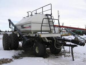 2003 BOURGAULT 5440 AIR TANK CART TBH