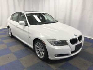 **2011 BMW 3-Series 328i XDrive  Luxury/Leather/Roof/Only 89K**