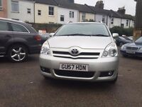 Toyota Corolla Verso 2.2 D-4D T180 5dr£3,495 one owner