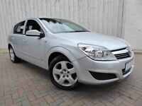 Vauxhall Astra 1.6i Club 16v ....Immaculate Car....Long MOT & No Advisories, with Service History