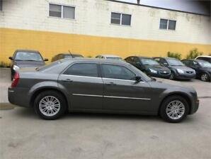 2008 Chrysler,300 Easy Finance,Helping Hand Credit,Credit Issues