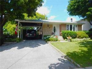 $2250 3+1 BDR DETACHED HOUSE FOR RENT by DON MILLS / SHEPPARD