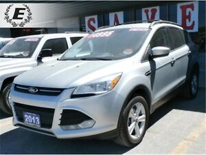 2013 FORD ESCAPE SE 4X4 WITH HEATED SEATS