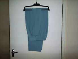 LADIES TROUSERS SIZES 12 TO 14/16/18 CHEAP ONLY £3 EACH,