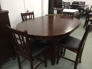 BRAND NEW WOODEN PUB TABLE WITH 4 CHAIRS ON SALE