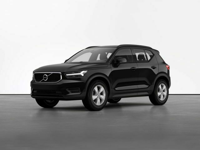 VOLVO XC40 T2 Geartronic Momentum Core - Nuovo Restyling -