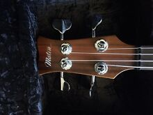 Maton Bass JB-IV Fretless with fret markers -As new Mollymook Beach Shoalhaven Area Preview