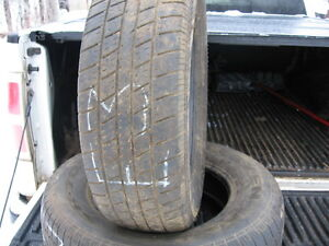 Set of 2 Nexon 215/70r15 USED tires reference E3