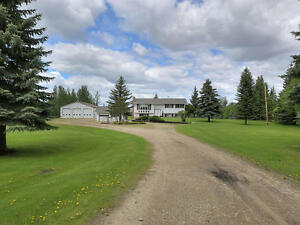 ACREAGE 5 MINS NORTH OF SPRUCE GROVE 48X60 SHOP,HOUSE AND GARAGE
