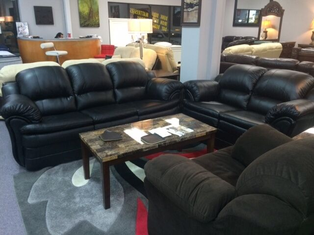 Blowout Sale On Sofas Recliners Sectionals Amp Bedrooms
