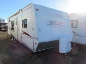 2008 FOURWINDS 27 BH  FAMILY BUNK HOUSE!