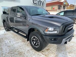 2016 Ram 1500 Rebel Crew Cab 4x4 - Leather - Running boards