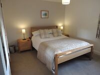 DOUBLE ROOM TO RENT TO SHARE IN FEMALES ONLY HOUSE WITH OTHER PROFESSIONAL FEMALES, RENT INCL bills