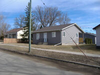 885 5th Ave NW Moose Jaw