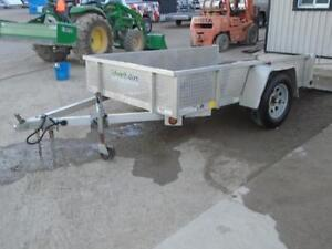**USED** 5X8 ALUMINUM UTILITY TRAILER - SOLID SIDES, BIFOLD GATE London Ontario image 2
