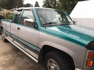 1995 GMC Sierra 2500 Pickup Truck