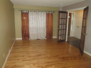 4BedroomHouseForRent-Nielson&Sheppard