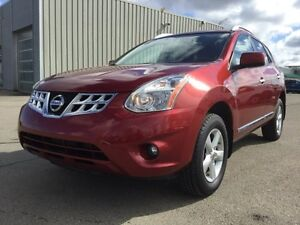 2013 Nissan Rogue SPECIAL EDITION AWD Sunroof,  Bluetooth,  A/C,