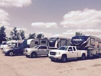 Travel trailer and fifth wheel transport