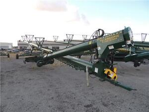 """2016 NuVision GrainMaxx 6385 EXR 13"""" x 85' Swing Auger"""
