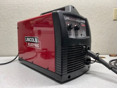 Lincoln Electric 140 pro mig Welder 110 Volt 140 Amp 60hz 12101