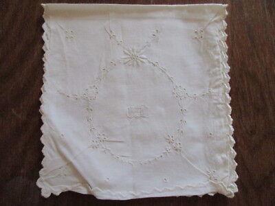 Leinen Taschentuchbehälter Serviettentasche Lochstickerei Monogramm um 1900