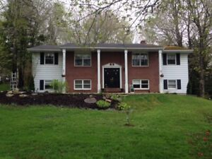 **PRICE REDUCTION** Beautiful Fall River Split Entry for Sale!