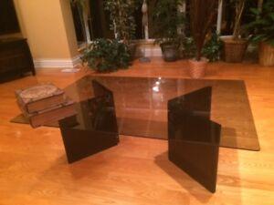 table de salon en vitre
