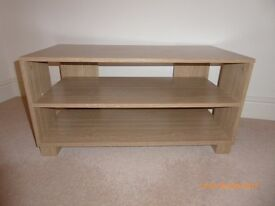 Light wood effect TV stand storage unit