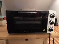 Cookworks Mini Oven - Perfect for Studio Living/Students. Used twice