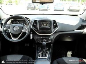 2015 Jeep Cherokee Sport,ONE OWNER,SERVICE HISTORY,4X4 V-6