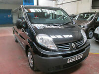 58 RENAULT TRAFIC WHEELCHAIR ADAPTED 50 + ADAPTED VEHICLES IN STOCK