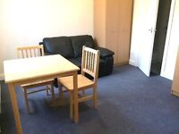 AMAZING STUDIO FLAT SUPERBLY LOCATED NEAR ZONE 2 NIGHT TUBE, 24 HOUR BUSES, SHOPS & SUPERMARKETS