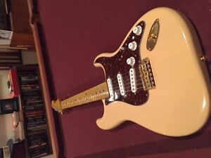 Fender Stratocaster - Warmoth Custom Neck