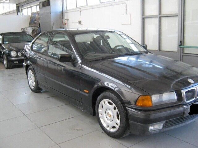 BMW 318 tds turbodiesel cat Compact