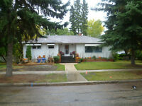 AWESOME 5BDRM HOME ... HAS IT ALL!!! PLUS DOUBLE CAR GARAGE