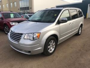 2008 Chrysler Town and Country Stow & Go (POWER DOORS & TRUNK) T