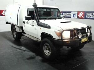 2009 Toyota Landcruiser VDJ79R 09 Upgrade Workmate (4x4) White 5 Speed Manual Cab Chassis Cardiff Lake Macquarie Area Preview