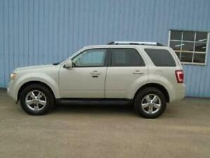 2009 Ford Escape XLT - low km's