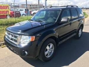 2009 Ford Escape XLT / 4X4 / WINTER READY