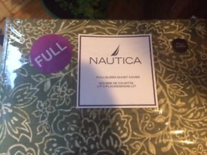 New nautica queen duvet and 2 pillow shams + Bedsheets